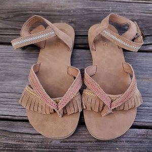New TOMS kids Lexie Suede Sandal size 1